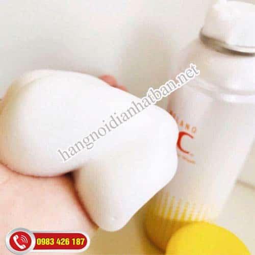 Sữa rửa mặt melano cc dạng bọt tiện lợi