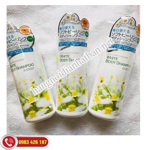 sua-tam-trang-da-giup-tay-da-chet-manis-white-body-shampoo-tai-my-dinh