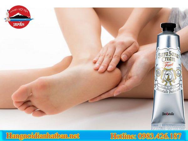 Thành phần dịu nhẹ và an toàn của kem trị hôi chân Deonatulle Sara Sara 30g